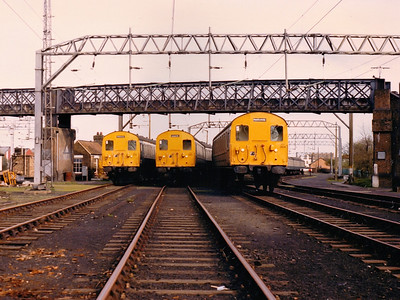 302218, 302263 & 302304 stand at Shoeburyness sidings during Spring 1986