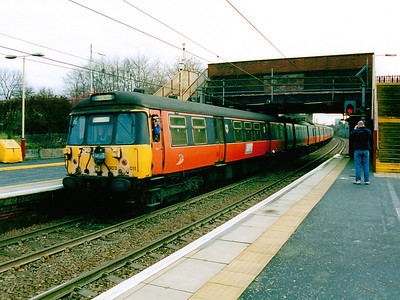 303011 (with 303088) at Yoker on the 30th December 2002