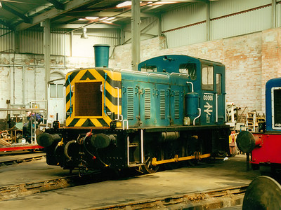 03066 at Barrow Hill on the 16th July 2000