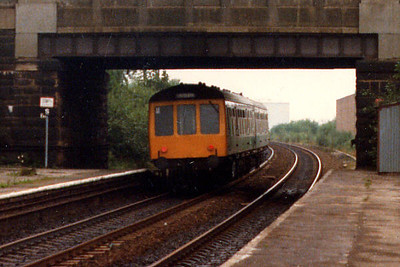 A class 108 at Clifton in Spring 1986