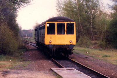 A class 104 at St. Albans Abbey in Spring 1986