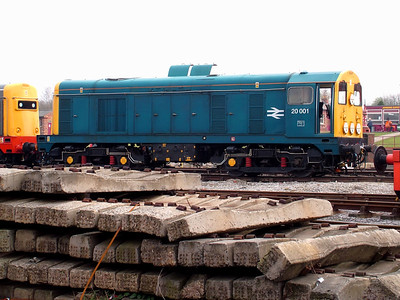 20001 receives attention in the yard at Swanwick on the 31st March 2007