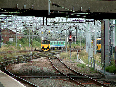 150002 departs Stafford for Rugeley and Birmingham on the 12th August 2006