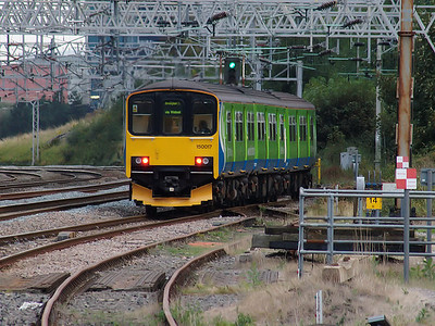 150017 slopes away from Rugeley Trent Valley with a service for Birmingham New Street on the 18th September 2007