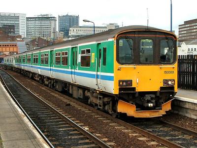 150001 departs from Birmingham Moor Street on the 31st October 2005