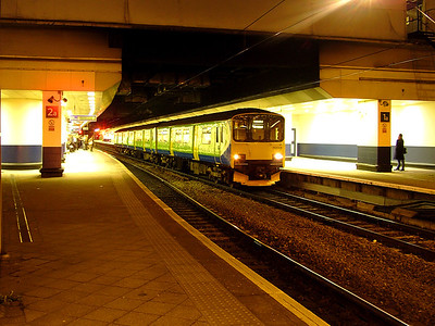 150005 rests at Birmingham New Street on the 16th March 2007