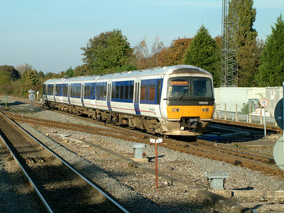 165032 slows for Princes Risborough on the 4th November 2006