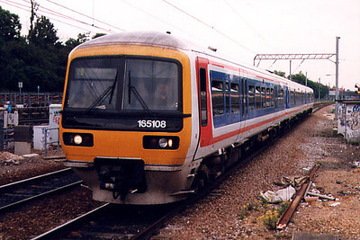 165108 arrives at Ealing Broadway on the 23rd June 1999