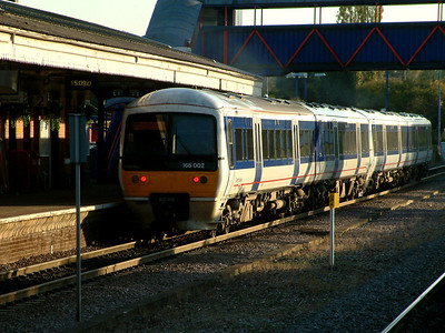 165002 is lead southwards from Princes Risborough by 165011 on the 4th November 2006