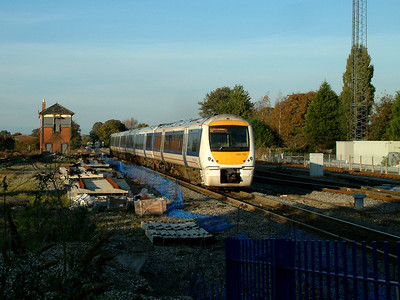 168106 heads for Birmingham at Princes Risborough on the 4th November 2006