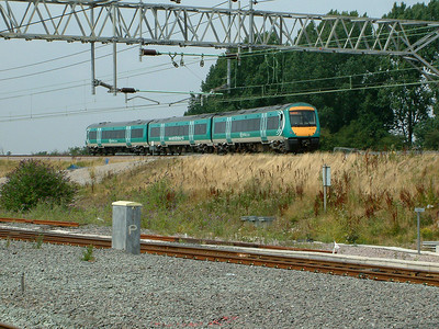 170103 scurries away towards Birmingham at Nuneaton on the 4th August 2006