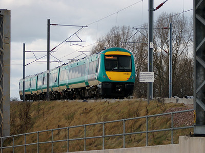 170101 meanders away from Nuneaton on the 27th February 2008