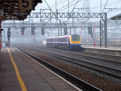 175003 heads south out of Crewe on the 27th March 2007