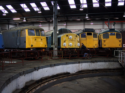 25067, 26011, 40013 and 81002 all pose for the camera inside the roundhouse at Barrow Hill on the 6th January 2007