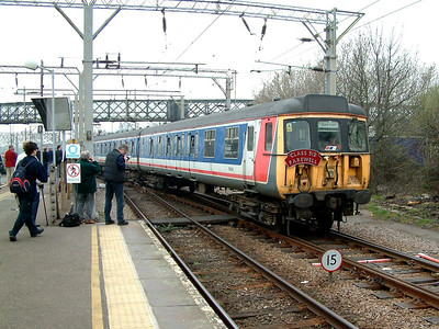 312781 heads for th carriage sidings at Shoeburyness on the 29th March 2003
