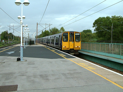 313053 arrives at Finsbury Park on the 2nd October 2006