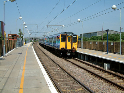 317505 slows for it's stop at Tottenham Hale on the 9th June 2006