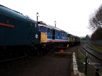 33035 shows off it's much faded NSE colours at Barrow Hill on the 6th January 2007