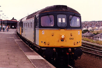 33042 at Plymouth on the 15th September 1991