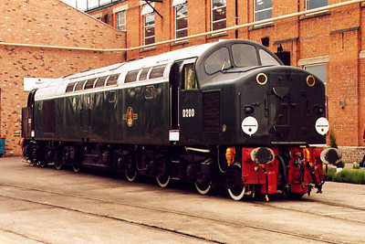40122 at Crewe Works on the 20th May 2000