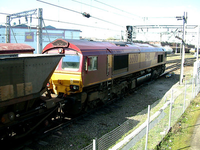 66001 powers away from a signal check at Bescot Stadium on the 5th April 2006