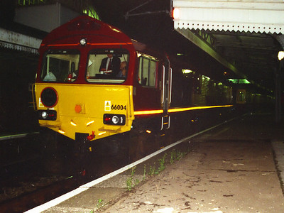 66004 stands at London Paddington on the 11th August 1999