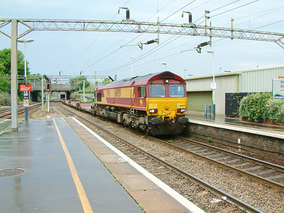 66009 passing Watford Junction on the 16th July 2003