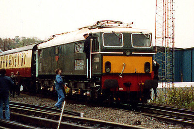 E27000 at Wimbledon East ETD on the 4th May 1991