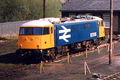 82008 poses for photographers at Barrow Hill on the 10th April 1999
