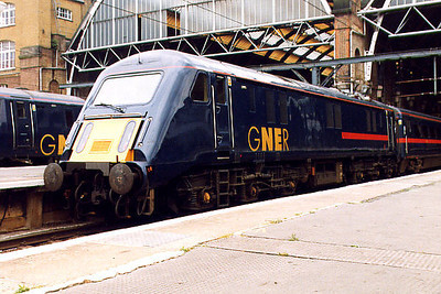 89001 at London King's Cross on the 11th June 1999