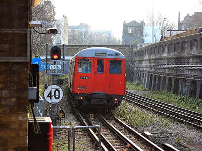 5058 rushes out of Surrey Docks (Quays) on the 18th December 2007