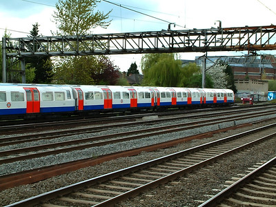 A pair of 1972 mk2 sets await time at Harrow & Wealdstone on the 19th April 2005