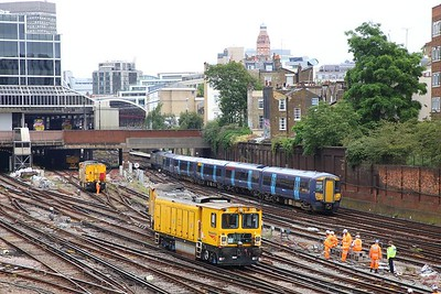 Derailed Network Rail grinder outside London Victoria on the 9th July 2019 im8362