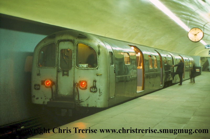Class 487 2 Car EMU at Bank on the Waterloo and City line.  Outside of peak periods the intermediate trailers were detached and the two DMBSOs run together.<br /> 20th May 1974