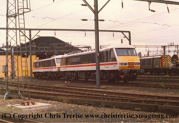 Class 90 Copyright Chris Trerise