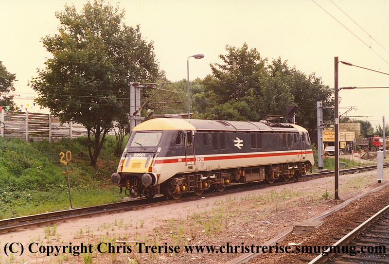 Class 89 Electric Locomotive number 89 001 at Alexandra Palace heading for Bounds Green.<br /> 13th August 1988