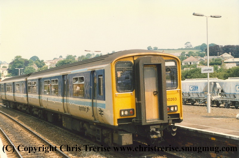 Class 150 2 Car DMU number 150 263 at Lostwithiel with the 1250 Plymouth to Penzance.<br /> 15th June 1989