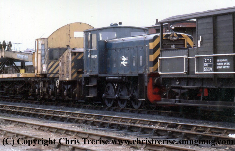 Class 97 Departmental Diesel Shunting Locomotive number PWM 654