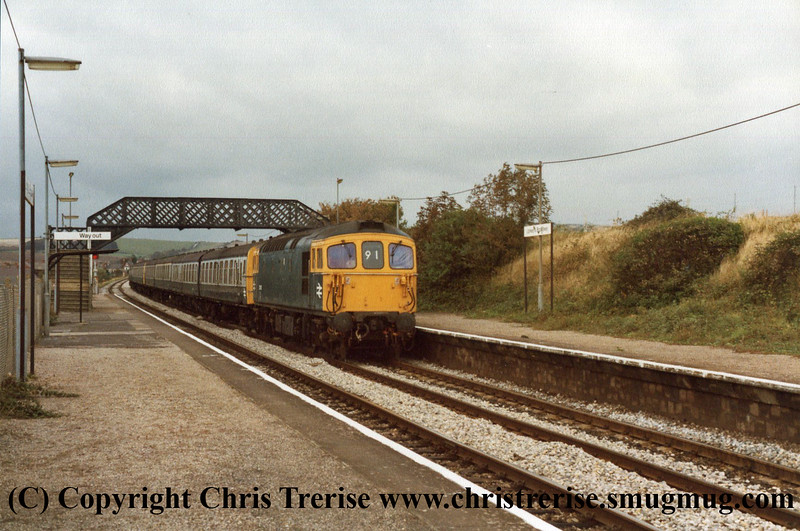 Class 33 at Upwey