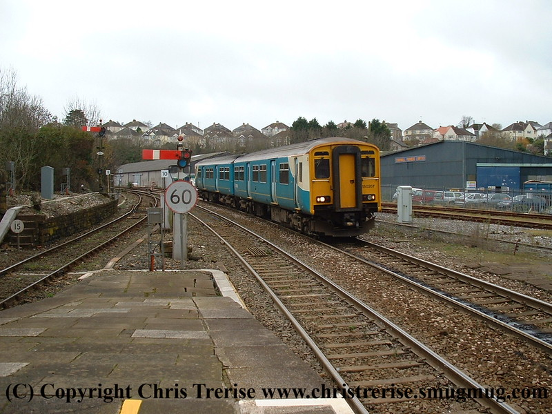 Class 150 2 Car Sprinter DMU number 150 267 arrives at Truro with the 1144 Penzance to Newton Abbot.<br /> 20th November 2008