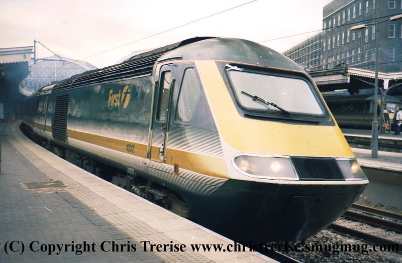 Class 43 HST Power Car number 43 042 at London Paddington.<br /> 9th June 2001