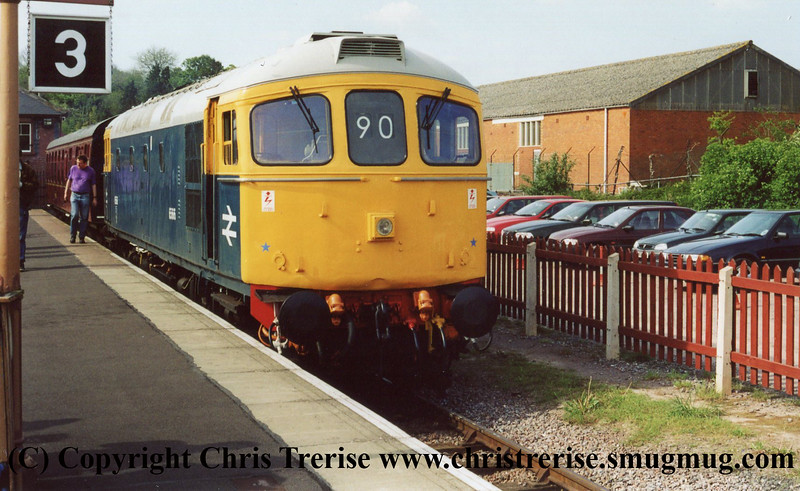 Class 33 at Bishops Lydeard