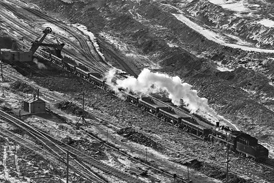 Loading at the Coal Face BW