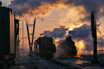 Dawn at Daquing Depot 3