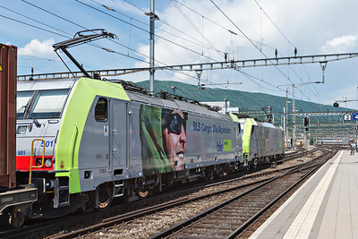 Double Headed BLS Class 486 Dispolok on southbound freight at Olten 2