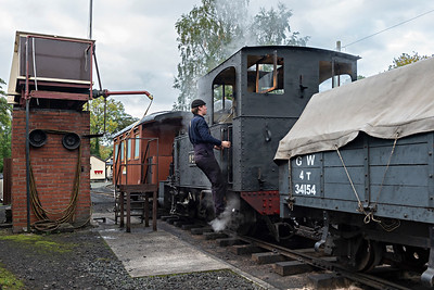 The Earl #822 completes a water stop at Llanfair