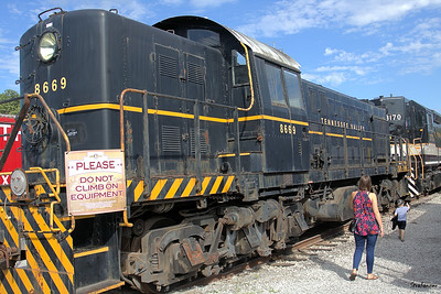 Tennessee Valley Railroad Museum ALCO-built RS-1.    Built in 1945 for the U.S. Army and later with the USAF at Eglin Air Force base. Chattanooga, TN, 07/13/2019 This work is licensed under a Creative Commons Attribution- NonCommercial 4.0 International License