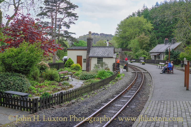 Tan-y-bwlch Station - May 30, 2013