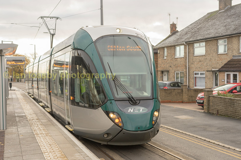 Alstrom Citidas 237 at the Summerwood Lane stop clifton