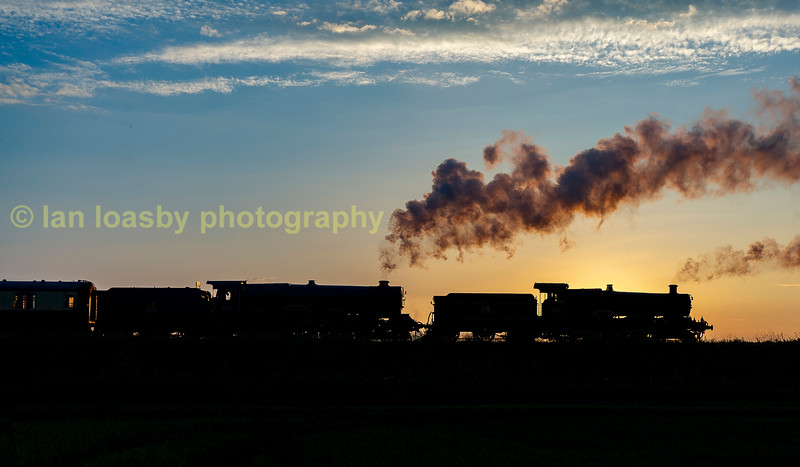 Dinmore Manor leads King Edward II at Laverton  on the G&WR